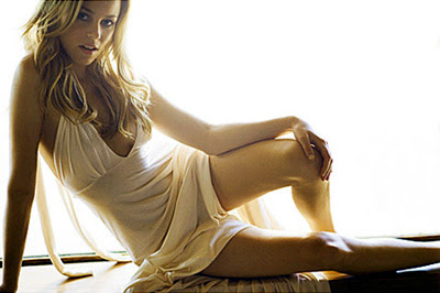 elizabeth banks photo shoots