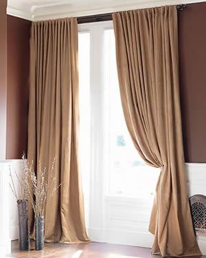 El cuaderno del decorador las telas for Cortinas de tela de saco