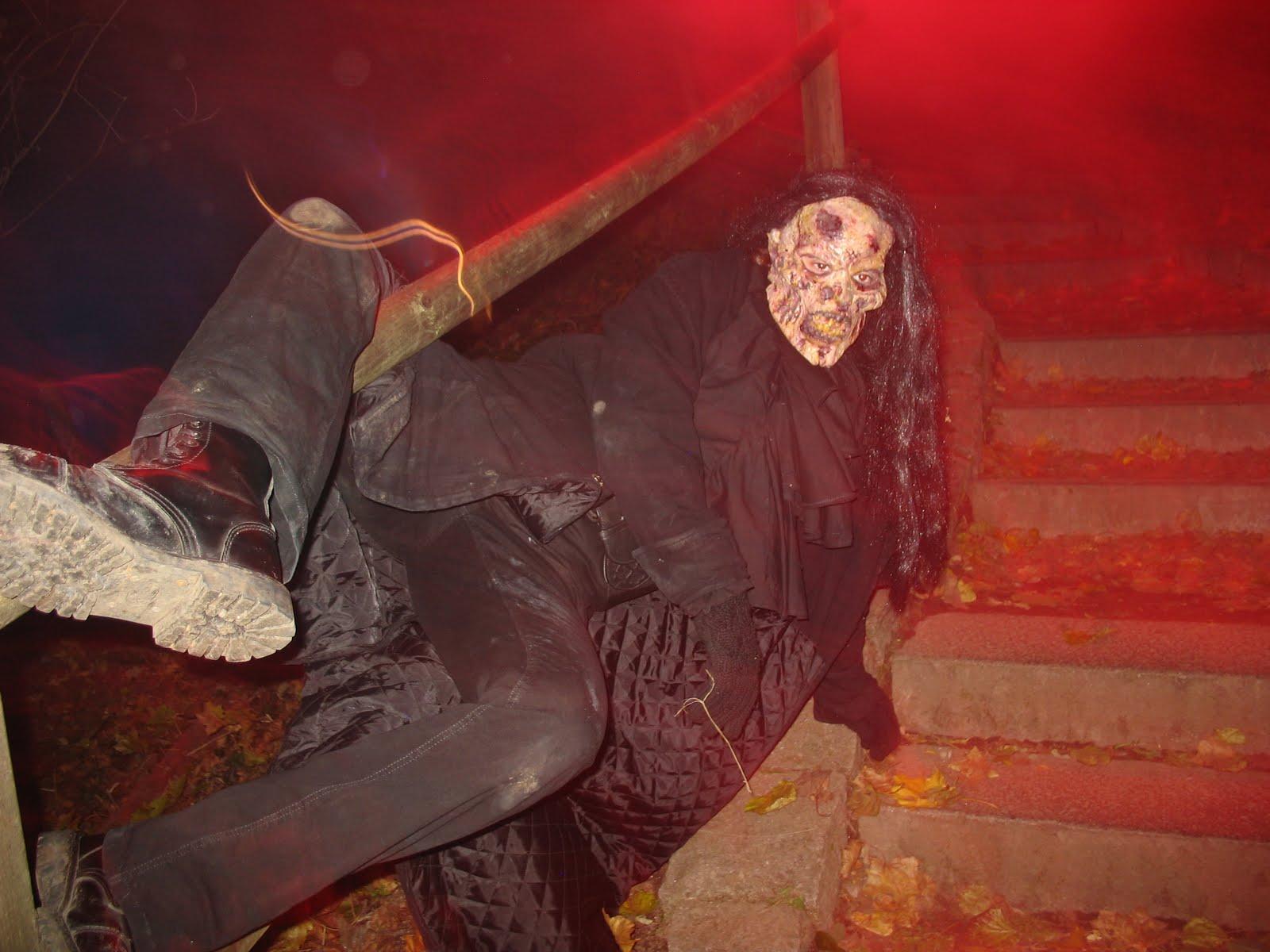 german gibberish halloween at burg frankenstein. Black Bedroom Furniture Sets. Home Design Ideas