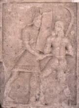 Scena de lupta intre un legionar si un dac