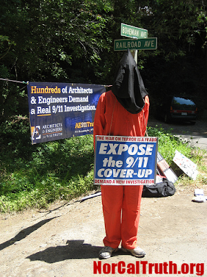 2009 Bohemian Grove Gets Underway Amidst Protests 1