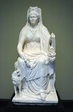 Imagem da Deusa Cybele (romanos),e Rhéia para os gregos,