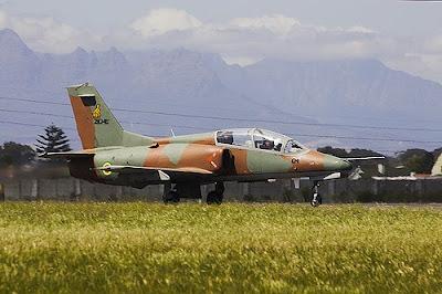 K8 zimbabwéen maintenant sans pilote