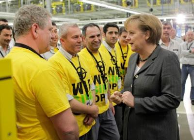 Angela Merkel chez Opel