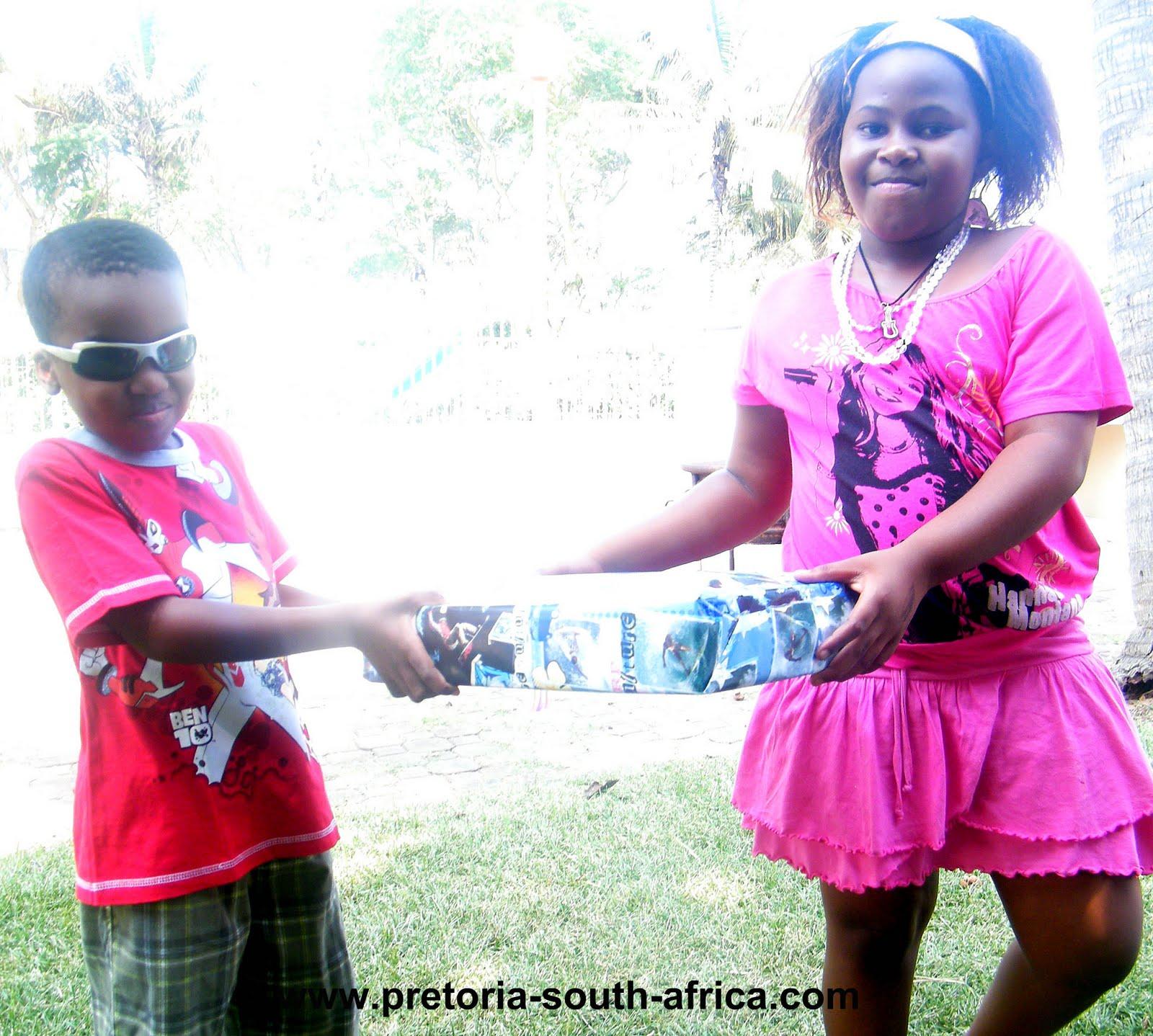 http://4.bp.blogspot.com/_7X4kIP-n1ZQ/S7A9Mnu7YLI/AAAAAAAAAII/YpV8wY_ydkU/s1600/birthday6.jpg