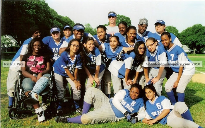 2010 Hyde Park High Softball Team