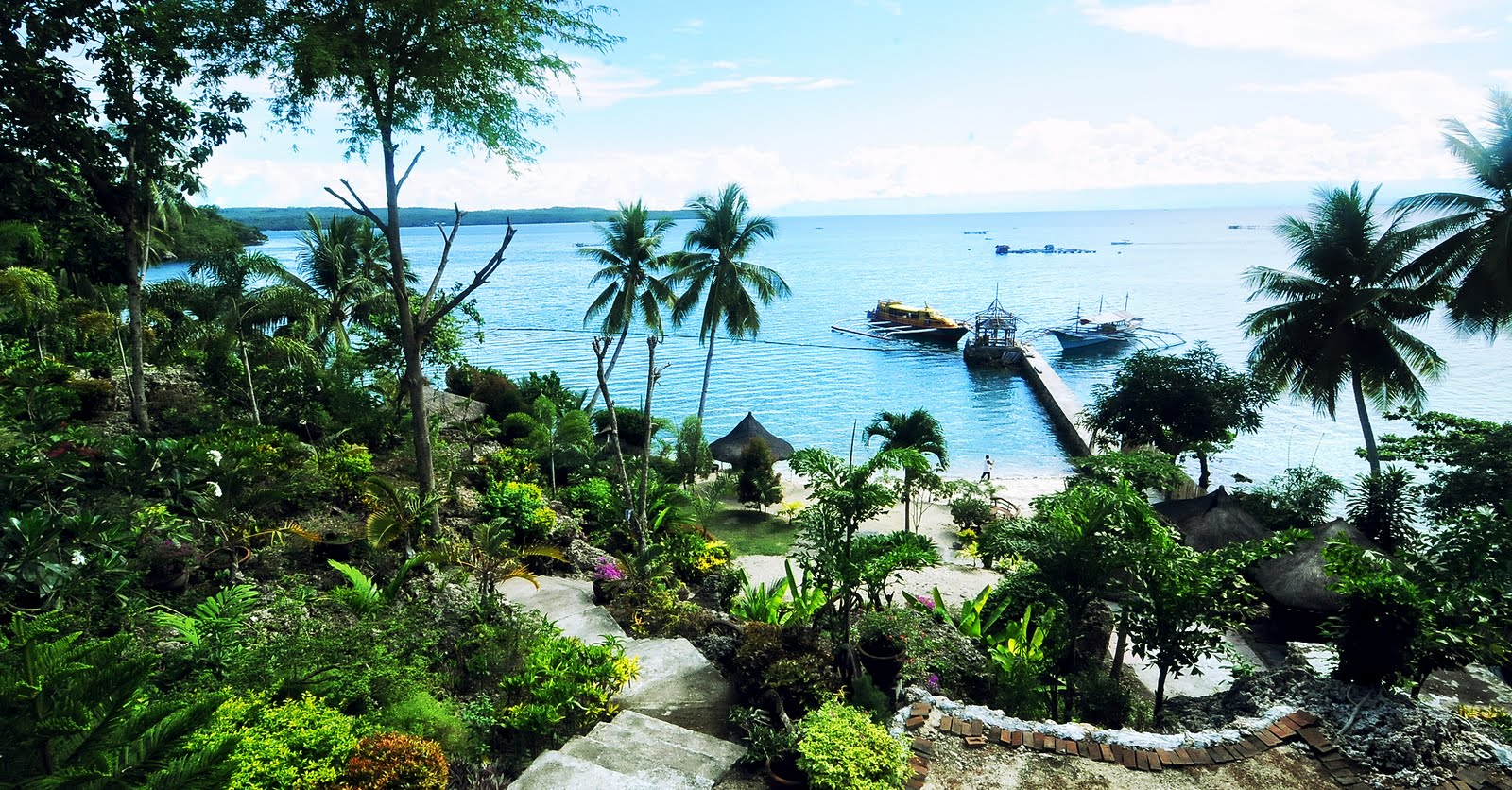 entrance way of isla betita garden and beach resort