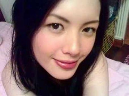 Ellen Adarna Random Photos