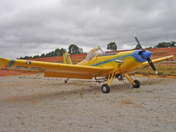 FS Demais: EMB -202 Ipanema (FS2004)