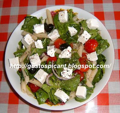 Articole culinare : Salată de paste cu spanac