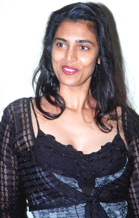 kasthuri glamour  images