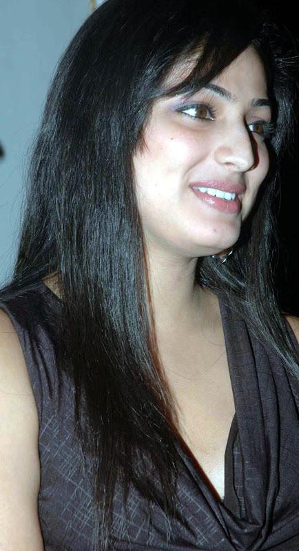 Actress Hari Priya gallery pictures