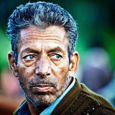 Kashmiri Eyes Darkoroom: Kash...