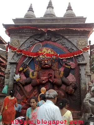 bhairav,Kaal bharaiv,Akash bhairav,temple of bhairav,statue of bharaiv.bhaiarv in nepal,temple of bhairav in kathmandu,bhairav in n95 pictures,http://n95pic.blogspot.com/