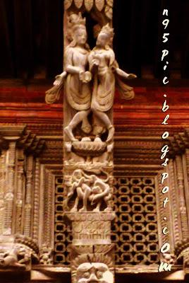 furniture,carving,artisans