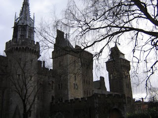 Photo by Rullsenberg: Cardiff Castle
