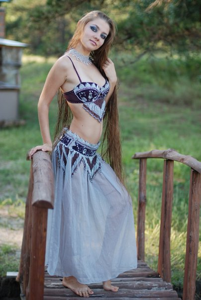 womans profile on dating site Get help choosing a good online dating profile name for your profiles - 5 easy steps to a good username dating muse better dates men want a woman to.