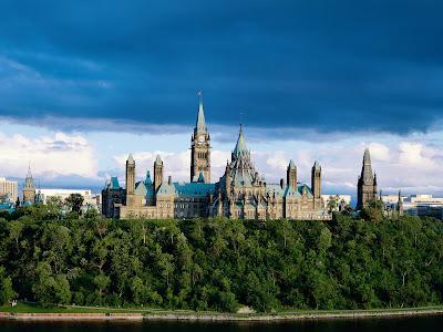 Parliament_Building,_Ontario,_Canada.jpg