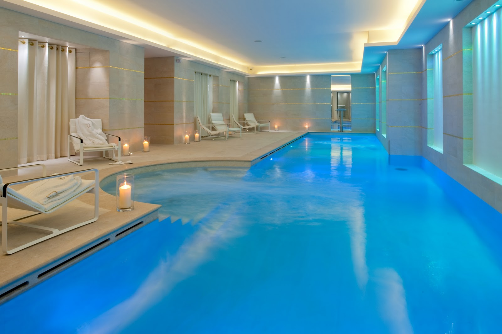 H tels spa de luxe paris for Salon piscine paris