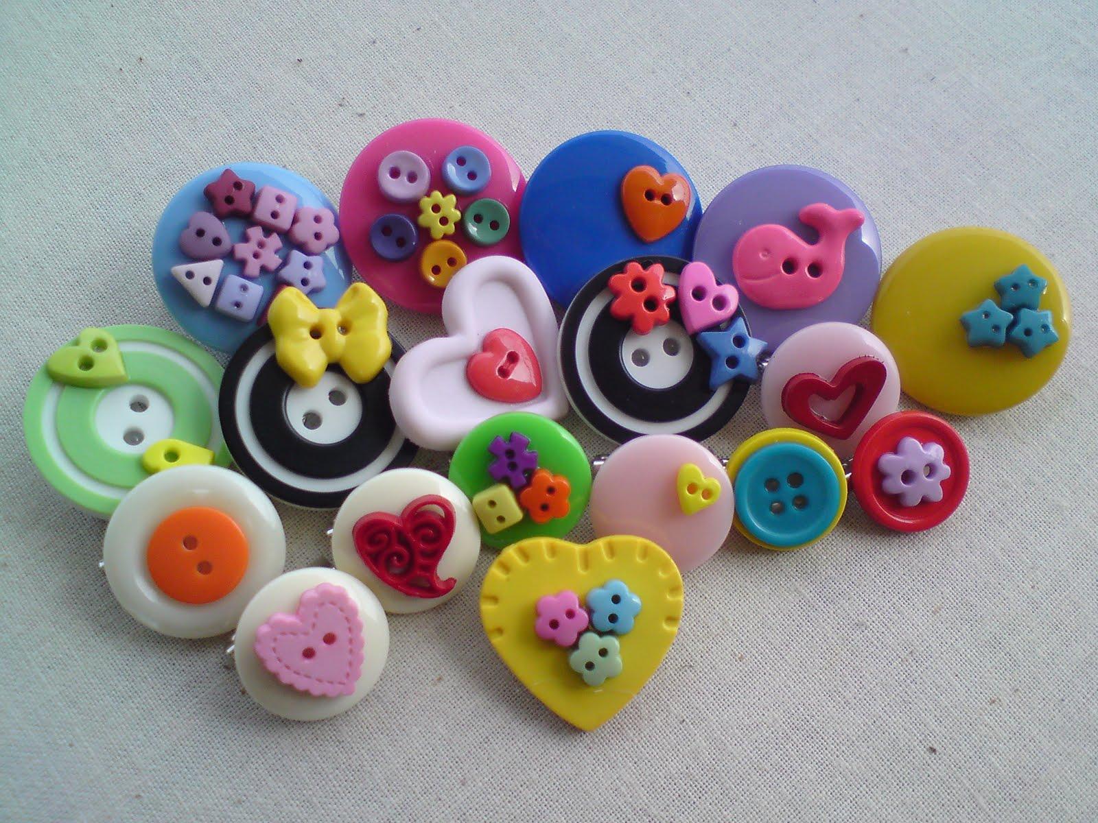 Ni adlh antara contoh2 button brooch yg tlh SUS siapkn Amat mudah n