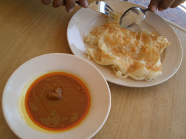 Breakfast /Tea : Crunchy Roti Canai served with Gulai Padang