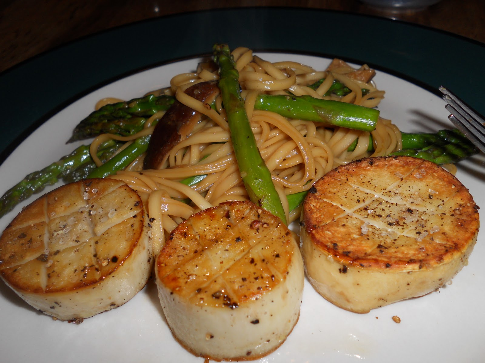 bay scallops gremolata summer scallops scallops with asparagus ...