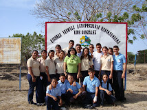 Con estudiantes ETAR Luis González
