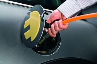 Un sistema per la ricarica veloce delle auto elettriche.