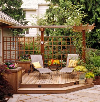Deck designs for small yards for Deck patio designs small yards
