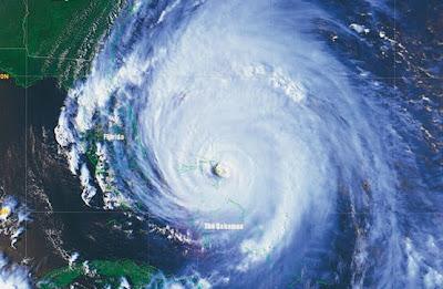 Ciclones tropicales: Huracanes Hura_08