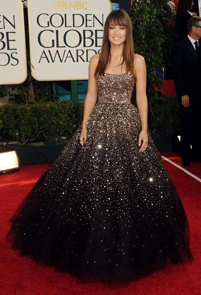 Anne Hathaway At Golden Globes 2010. Burberry and Anne Hathaway