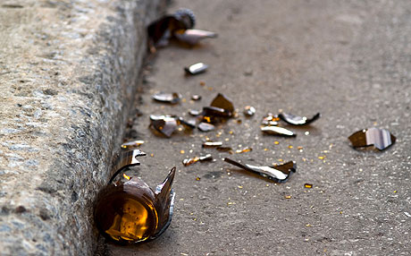 broken-beer-bottle-0424209-lg.jpg