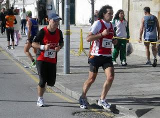 Llegando a meta en Viana do Castelo 2010