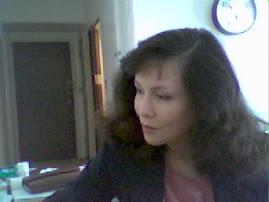 Nora - the female half of Laura Resurrectors