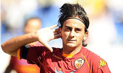 Aquilani ringrazia Totti