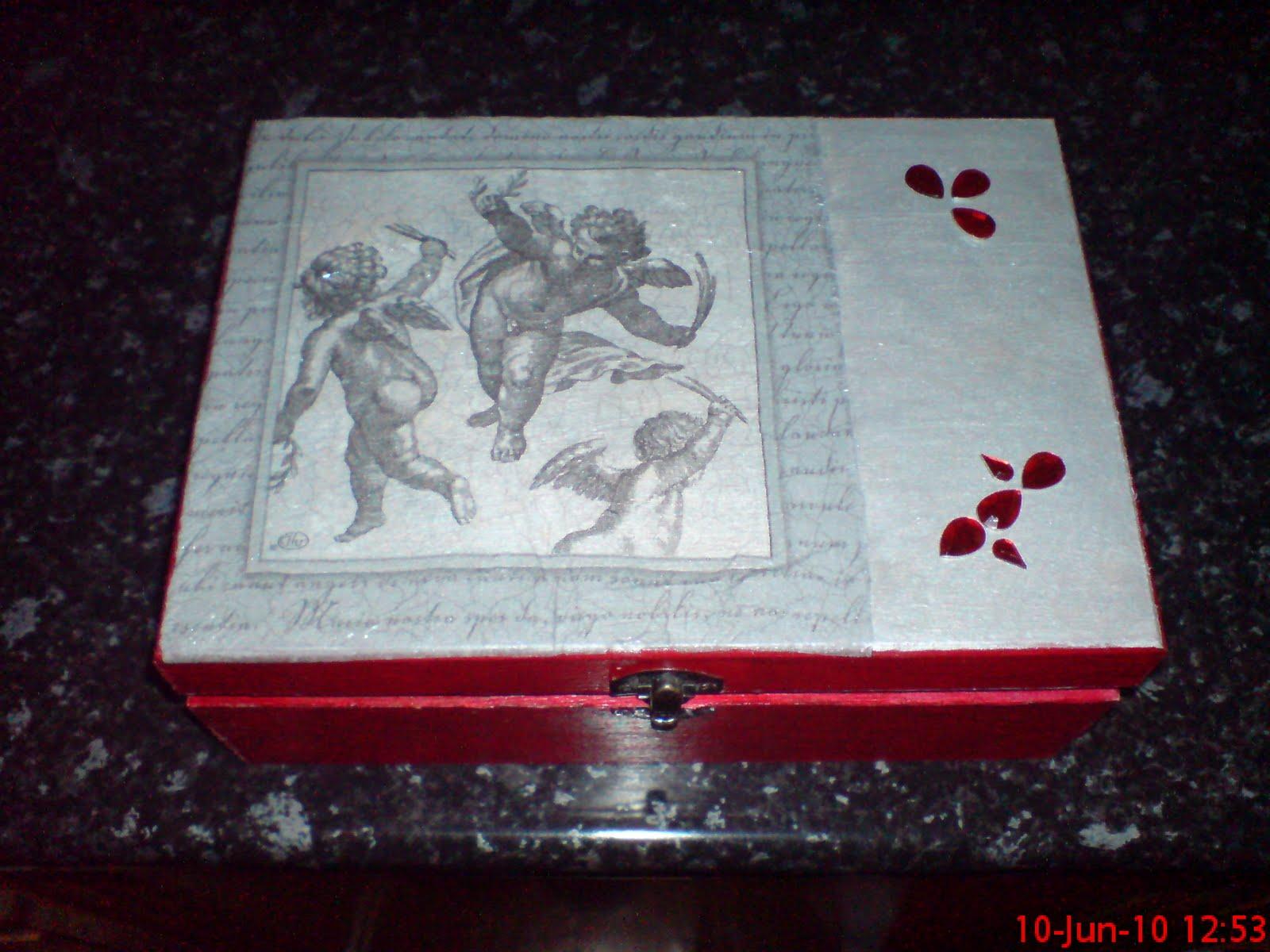 arte : Travessa de vidro em decopuage caixa de jóias de madeira #700F1F 1600x1200
