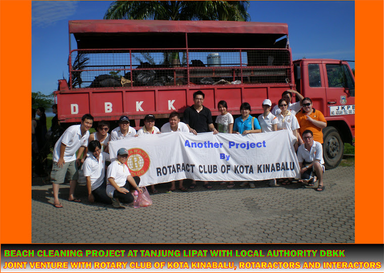 Beach Cleaning Project at Anjung Selera, Tanjung Lipat (2nd November 2008)
