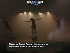 Clases y talleres de danza aerea