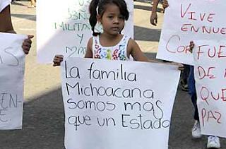 Comunidad d Apatzingán muestra apoyo a La Familia Michoacana Captura+de+pantalla+2010-12-12+a+las+19.51.34