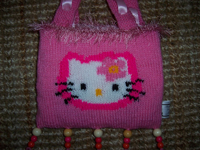 HELLO KITTY KNITTING PATTERNS FREE PATTERNS