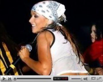 Christina Aguilera exposing her tits
