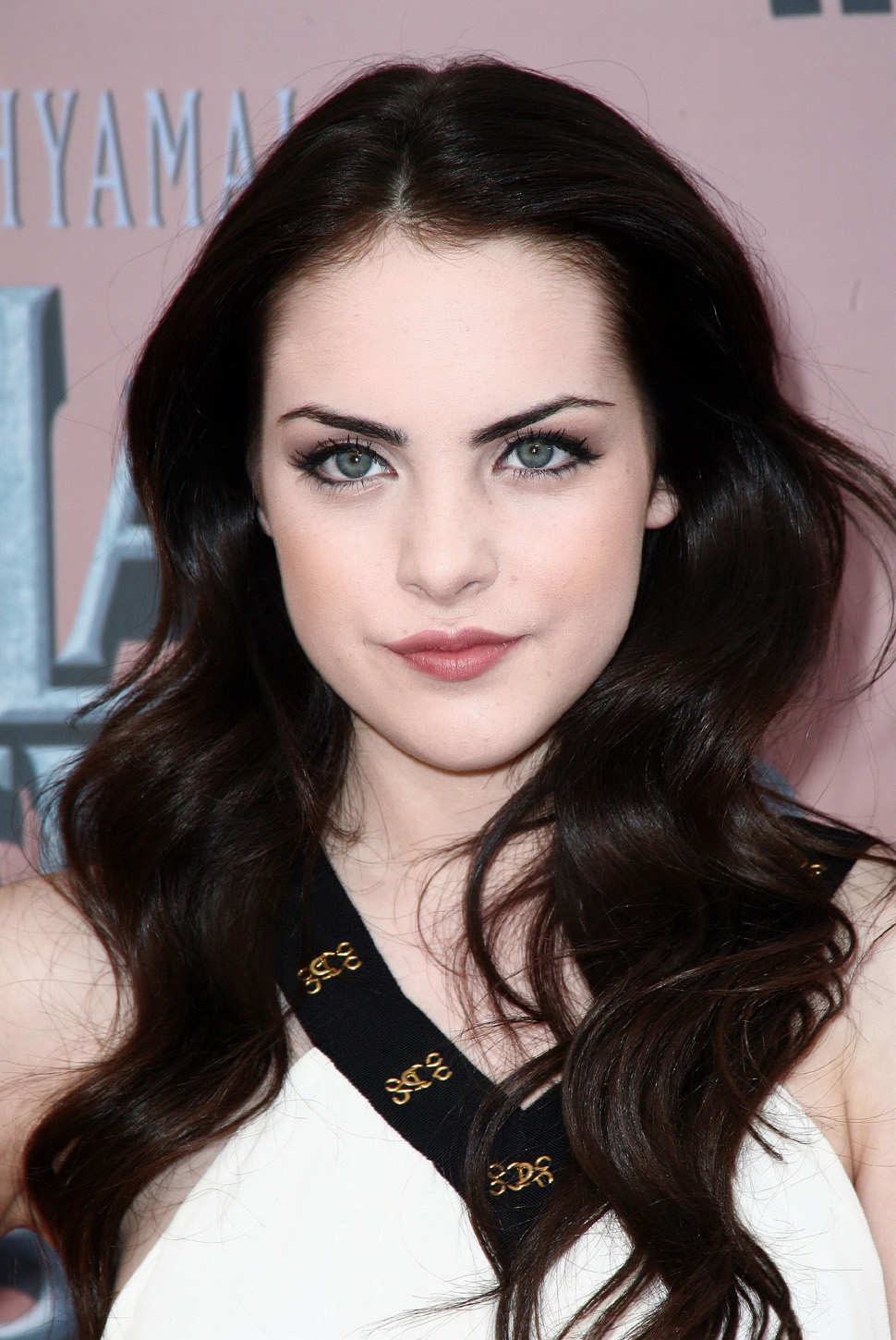 Elizabeth Gillies - Picture
