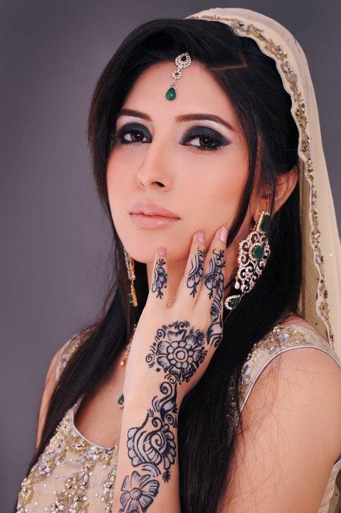 Bridal Makeup New Pics : New Bridal makeup
