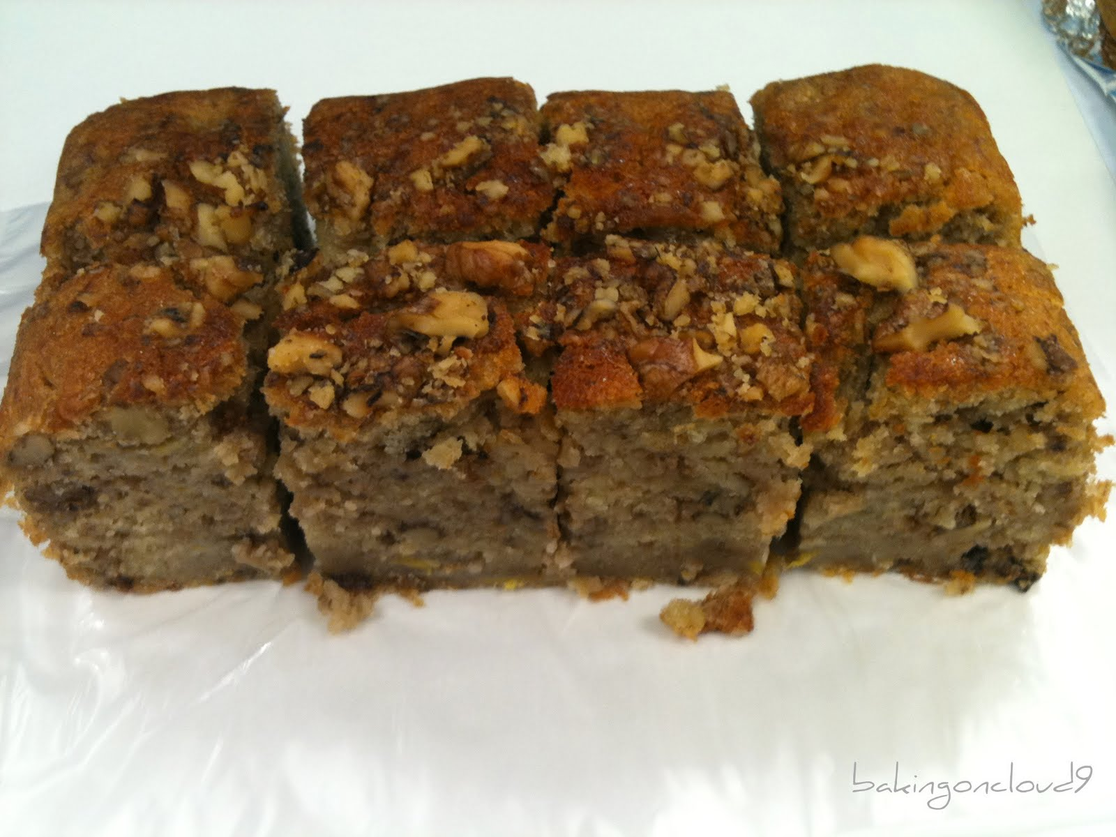 Banana raisin nut cake recipe