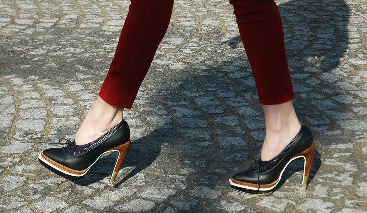 [shoes+1.jpg]