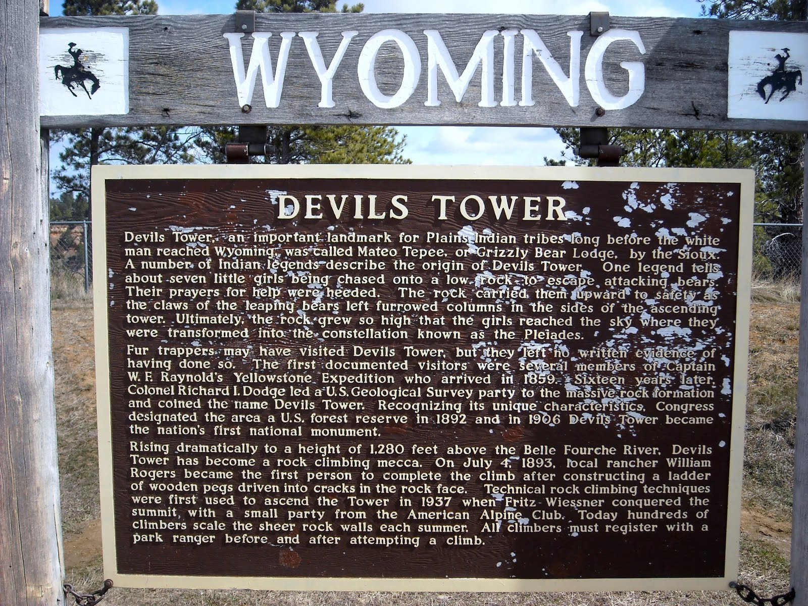Devils Tower Wy >> Chaco & Toesock's Self-Propelled Adventures: Devil's Tower