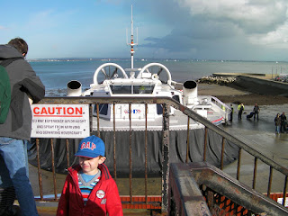 hovercraft arriving at Ryde hoverport