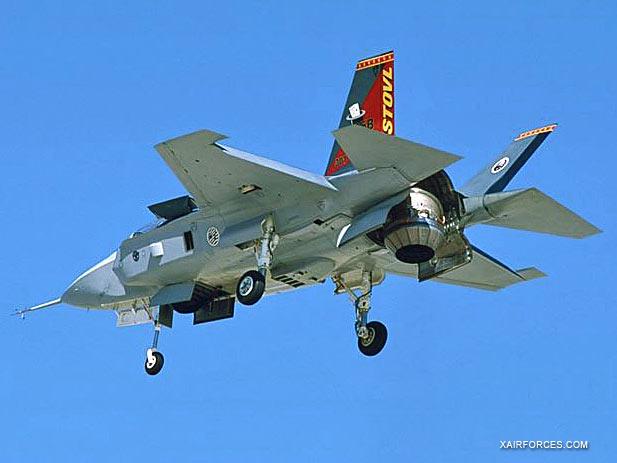 F-35-Lightning-II-Pushing.jpg