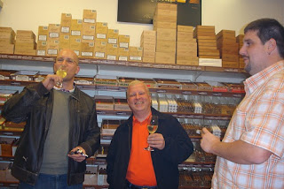 cigar, cigars, cigar's, blog, blogger, tasted, tasting, tastings, tasty, smoke, smoked, smoking, smokes, smoker, vaduz, kreuzlingen, schweiz, switzerland, suiza, swiss, suisse, whisky, whiskys, whiskies, whiskey, whiskeys, blind tasting, experiment, experiments, review, reviews, reviewing, eldondo, balgach, portmann, portmanns, portmann's, lonsdale, lonsdales, robusto, robustos, corona, coronas, box, humidor, humidors, boxes, tobacco, tabak, zigarre, zigarren, rauchen, verkostung, heiko, blumentritt, heiko blumentritt, jar, jars, ceramic jar, ceramic jars, trip, trips, pharmacy smoke, ans, lounge, edicion, regionales, limitada