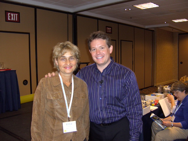[Steve+Spangler+and+me+at+the+Science+Boot+Camp+in+Atlanta.JPG]